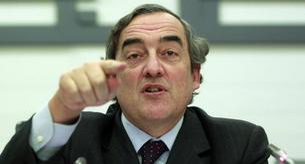 Última propuesta de la CEOE bajar el SMI a jóvenes