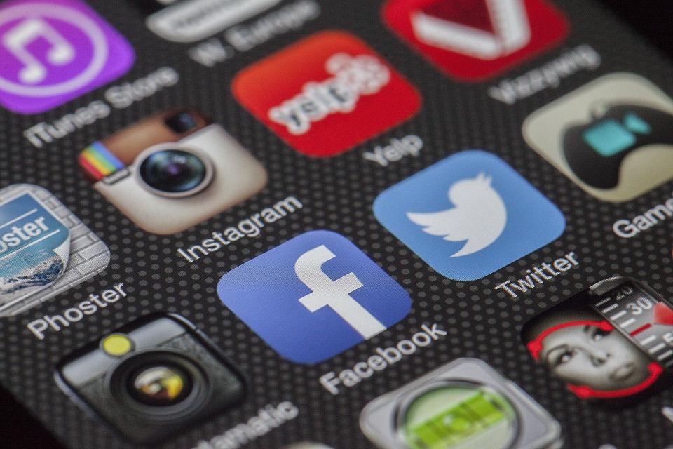 6 consejos para gestionar tus redes sociales de cara a encontrar empleo.